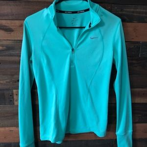 Nike Long Sleeve Pullover
